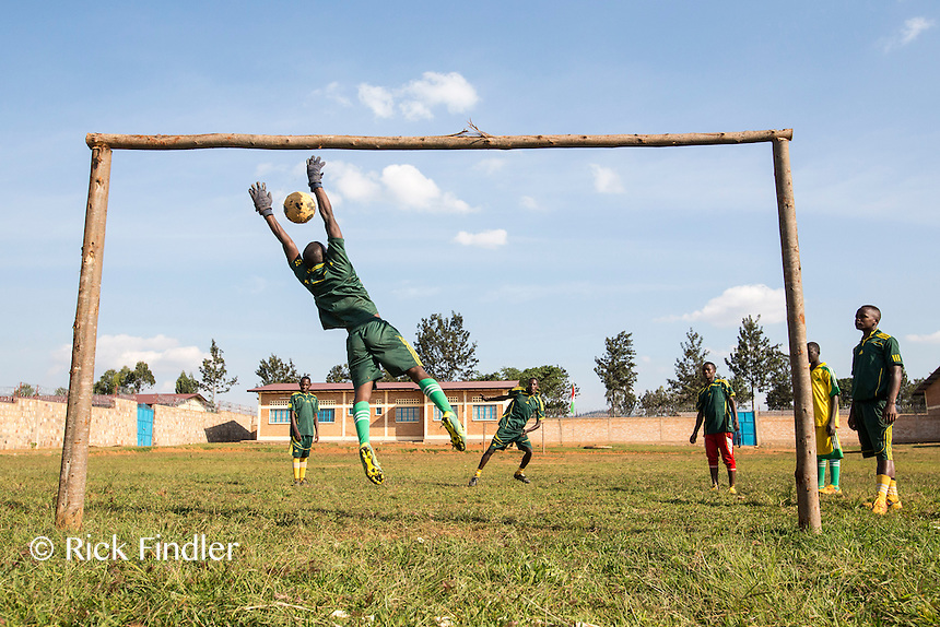 BURUNDI, Ruyigi: 10 June 2015 Ruyigi Re-education Centre Feature.<br /> See accompanying article for general information. <br /> Pictured: Inmates play a game of football. <br /> Rick Findler / Story Picture Agency
