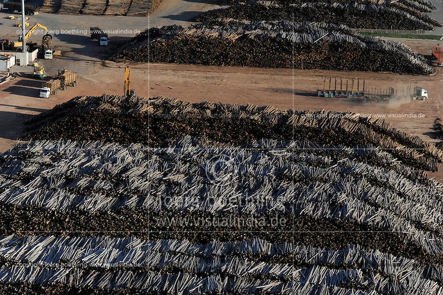 """URUGUAY Fray Bentos , Zellulosefabrik und Biomassekraftwerk der UPM ( vorher BOTNIA ) am Ufer des Fluss Uruguay , Herstellung von Zellulose aus FSC Eukalytus Holz fuer die Papierherstellung , ein eigenes Biomassekraftwerk produziert 40 MW Strom und Dampf     .URUGUAY Fray Bentos ,  UPM pulp mill produce ECF (elemental chlorine free) pulp from FSC eucalyptus wood, Capacity, tonnes annually 1,100,000 and the mill produces electricity and steam for own consumption and in addition 20-30 MW electricity for the national grid , factory former known as BOTNIA   .  [ copyright (c) Joerg Boethling / agenda , Veroeffentlichung nur gegen Honorar und Belegexemplar an / publication only with royalties and copy to:  agenda PG   Rothestr. 66   Germany D-22765 Hamburg   ph. ++49 40 391 907 14   e-mail: boethling@agenda-fototext.de   www.agenda-fototext.de   Bank: Hamburger Sparkasse  BLZ 200 505 50  Kto. 1281 120 178   IBAN: DE96 2005 0550 1281 1201 78   BIC: """"HASPDEHH"""" ,  WEITERE MOTIVE ZU DIESEM THEMA SIND VORHANDEN!! MORE PICTURES ON THIS SUBJECT AVAILABLE!! ] [#0,26,121#]"""
