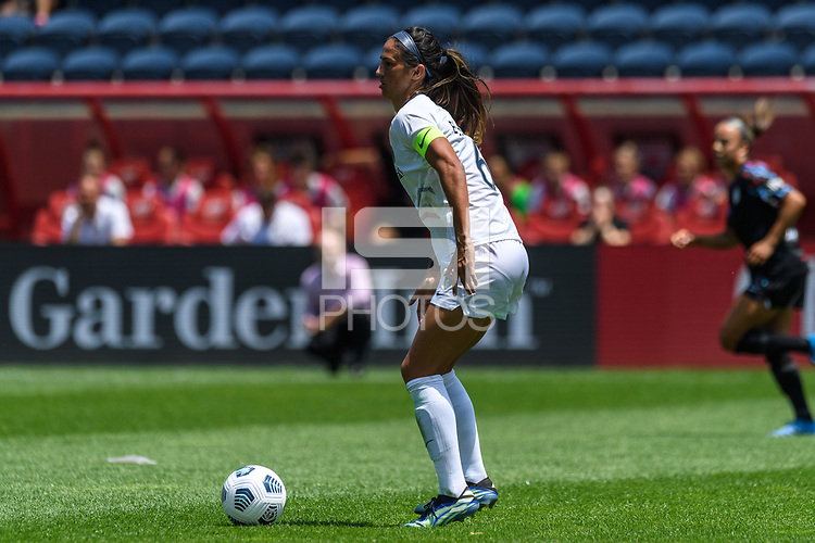 BRIDGEVIEW, IL - JUNE 5: Abby Erceg #6 of the North Carolina Courage plays the ball during a game between North Carolina Courage and Chicago Red Stars at SeatGeek Stadium on June 5, 2021 in Bridgeview, Illinois.