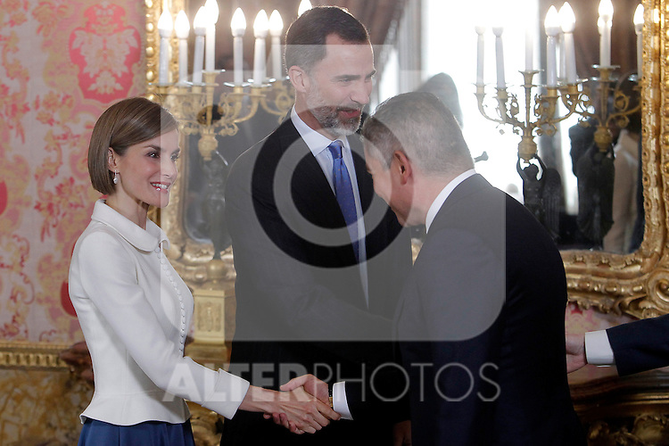 King Felipe VI of Spain and Queen Letizia of Spain receives Spanish author Juan Goytisolo in ocassion of the '2014 Cervantes Award' at the Royal Palace on April 22, 2015 in Madrid, Spain in Madrid. April 22, 2015. (ALTERPHOTOS/POOL/Jose Luis Cuesta)