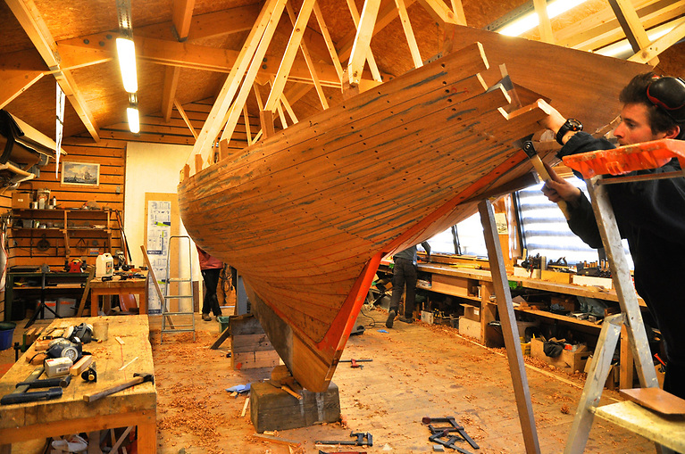 A new Howth 17 being built at Skol ar Mor in South Brittany