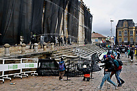 BOGOTA, COLOMBIA - MAY 05: Protesters clash with police during national strike on May 5, 2021 in Bogota, Colombia. Despite that the ruling party announced withdrawal of the unpopular bill for a tax reform and the resignation of the Minister of Finances, social unrest continues after a week. The United Nations human rights office (OHCHR) showed its concern and condemned the riot police repression. Ongoing protests take place in major cities since April 28. (Photo by Leonardo Munoz/VIEW press/Corbis via Getty Images)