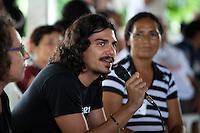 Dannyel Sa representante do ISA, convidados e jornalistas durante o IV Encontrão  para dar continuidade a implantação do protocolo comunitário no Arquipélago do Bailique  na foz do rio Amazonas, Amapá, Brasil.Foto Paulo Santos 13/06/2015