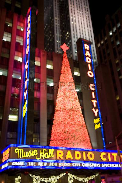 Radio City Music Hall Illuminated for the Christmas Season, Rockefeller Center, Midtown Manhattan, New York City, New York State, USA