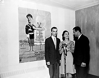 """L'actrice française, Genevieve Grad en promotion au Quebec, pour le film """"Le gendarme de Saint-Tropez""""<br /> , le 26 novembre 1964<br /> <br /> - Agence Quebec Presse"""