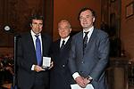 STEFANO MARRONI CON GIANNI LETTA E ANTONIO MARTUSCIELLO<br /> PREMIO GUIDO CARLI - TERZA  EDIZIONE<br /> PALAZZO DI MONTECITORIO - SALA DELLA LUPA<br /> CON RICEVIMENTO  HOTEL MAJESTIC   ROMA 2012