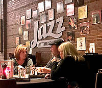 Janelle Jessen/Herald-Leader<br /> Patrons of the Siloam Springs Center for the Arts attend Jazz at the Springs on Saturday evening.