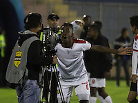 PASTO - COLOMBIA -22-10-2016: Kevin Londoño, jugador de Rionegro Aguilas, celebra el gol anotado a Deportivo Pasto, durante partido Deportivo Pasto y Rionegro Aguilas, por la fecha 17 de la Liga Aguila II 2016, jugado en el estadio Departamental Libertad de la ciudad de Pasto.  / Kevin Londoño,  player of Rionegro Aguilas, celebrates a scored goal to Deportivo Pasto during a match Deportivo Pasto and Rionegro Aguilas, for the date 17 of the Liga Aguila II 2016 at the Departamental Libertad stadium in Pasto city. Photo: VizzorImage. / Leonardo Castro / Cont.