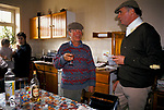 'DUKE OF BEAUFORT HUNT', CAPTAIN IAN FARQUHAR HAS A CHAT & DRINK WITH A LOCAL FARMER, WHO'S LAND THEY ARE HUNTING OVER, AFTER THE HUNT