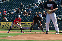 Gonzaga Bulldogs center fielder Guthrie Morrison (5) takes a lead off first base during a game against the Oregon State Beavers on February 16, 2019 at Surprise Stadium in Surprise, Arizona. Oregon State defeated Gonzaga 9-3. (Zachary Lucy/Four Seam Images)