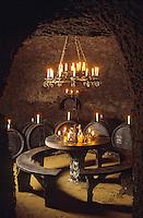 Europe/Hongrie/Tolsva: Cave du Kombinat - Cave de Constantine - Salle de dégustation