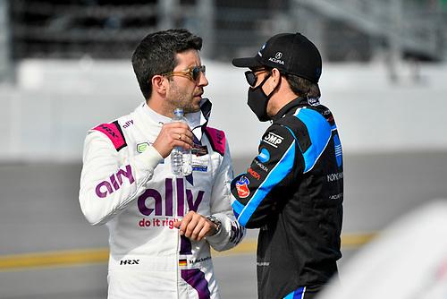 #48 Ally Cadillac Racing Cadillac DPi, GTD: Mike Rockenfeller <br /> #10: Konica Minolta Acura ARX-05 Acura DPi, DPi:  Filipe Albuquerque
