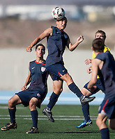 Luis Gil training. 2009 CONCACAF Under-17 Championship From April 21-May 2 in Tijuana, Mexico