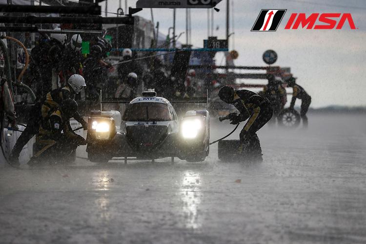 #38 Performance Tech Motorsports ORECA LMP2 07, LMP2: Cameron Cassels, James French, pit stop