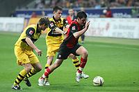 Martin Fenin (EIntracht) setzt sich durch<br /> Eintracht Frankfurt vs. Borussia Dortmund, Commerzbank Arena<br /> *** Local Caption *** Foto ist honorarpflichtig! zzgl. gesetzl. MwSt. Auf Anfrage in hoeherer Qualitaet/Aufloesung. Belegexemplar an: Marc Schueler, Am Ziegelfalltor 4, 64625 Bensheim, Tel. +49 (0) 6251 86 96 134, www.gameday-mediaservices.de. Email: marc.schueler@gameday-mediaservices.de, Bankverbindung: Volksbank Bergstrasse, Kto.: 151297, BLZ: 50960101