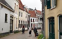 Nederland  Zutphen -  2020.  Straatbeeld historische binnenstad. Autoluwe binnenstad.  Foto : ANP/ HH / Berlinda van Dam
