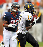 Southern Miss Golden Eagles wide receiver Kelvin Bolden (17) makes a touchdown catch in front of Virginia Cavaliers cornerback Rijo Walker (27) during the game at Scott Stadium. Virginia was defeated 30-24. (Photo/Andrew Shurtleff)
