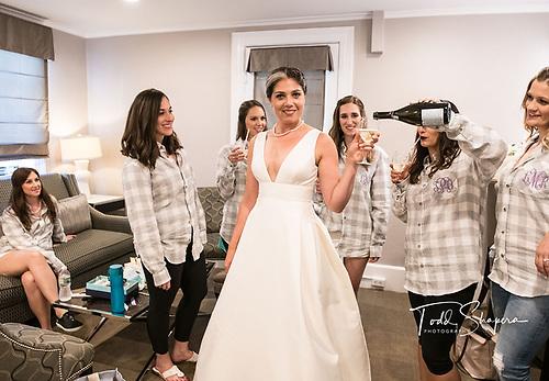 Abigail Kirsch at Tappan Hill <br /> August Wedding, 2018<br /> Tarrytown, Westchester, New York