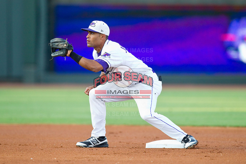 Micah Johnson (3) of the Winston-Salem Dash waits for a throw at second base during the Carolina League game against the Salem Red Sox at BB&T Ballpark on August 15, 2013 in Winston-Salem, North Carolina.  The Red Sox defeated the Dash 2-1.  (Brian Westerholt/Four Seam Images)