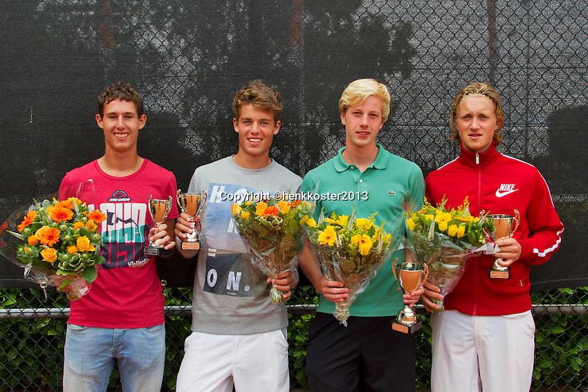 10-08-13, Netherlands, Rotterdam,  TV Victoria, Tennis, NJK 2013, National Junior Tennis Championships 2013,  Prize giving, Jelle Sels(r)<br /> <br /> Photo: Henk Koster