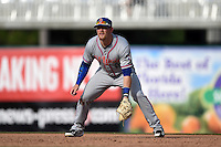 St. Lucie Mets first baseman Matt Oberste (5) during a game against the Fort Myers Miracle on April 19, 2015 at Hammond Stadium in Fort Myers, Florida.  Fort Myers defeated St. Lucie 3-2 in eleven innings.  (Mike Janes/Four Seam Images)