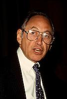 Montreal (Qc) CANADA - File Photo-<br /> <br /> Alvin Toffler<br /> <br /> -Photo (c)  Images Distribution<br /> <br /> Montreal (Qc) CANADA - File Photo- circa 1988 - <br /> Alvin Toffler<br /> <br /> <br /> -Photo (c)  Images Distribution