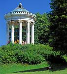 Deutschland, Bayern, Oberbayern, Muenchen: Monopteros im Englischen Garten | Germany, Bavaria, Upper Bavaria, Munich: Monopteros at the English Garden