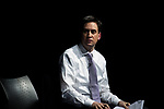 """© Joel Goodman - 07973 332324 . 09/02/2012 . Salford , UK . Labour Party leader ED MILIBAND delivers a speech on the """" Sustainable Recovery """" to students and visitors at Sheffield University . Photo credit : Joel Goodman"""
