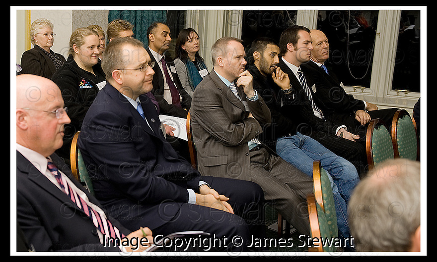 04/11/2008  Copyright Pic: James Stewart.File Name : 23_charan_gill.FALKIRK BUSINESS PANEL :: TALK BUSINESS :: MEMBERS OF THE FALKIRK BUSINESS PANEL LISTEN TO THE PRESENTATION FROM CHARAN GILL MBE.James Stewart Photo Agency 19 Carronlea Drive, Falkirk. FK2 8DN      Vat Reg No. 607 6932 25.Studio      : +44 (0)1324 611191 .Mobile      : +44 (0)7721 416997.E-mail  :  jim@jspa.co.uk.If you require further information then contact Jim Stewart on any of the numbers above.........