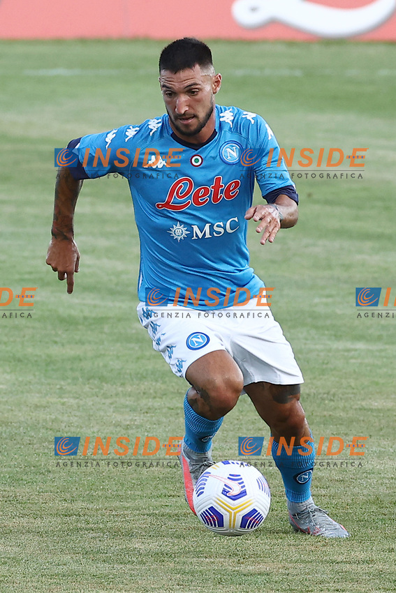 Matteo Politano of SSC Napoli in action during the friendly football match between SSC Napoli and Castel di Sangro Cep 1953 at stadio Patini in Castel di Sangro, Italy, August 28, 2020. <br /> Photo Cesare Purini / Insidefoto