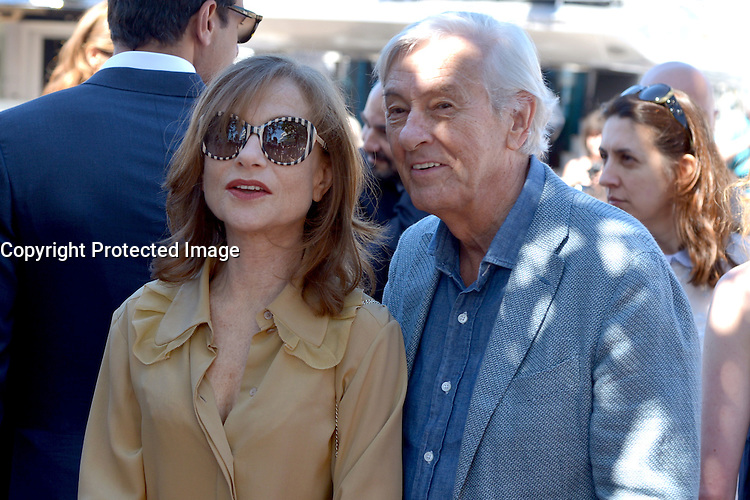 Isabelle HUPPERT Paul VERHOEVEN attends the 'Elle' Photocall during the 69th annual Cannes Film Festival at the Palais des Festivals on May 21, 2016 in Cannes, France.