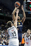 Real Madrid's Sergio Rodriguez (l) and Alba Berlin's Reggie Redding during Euroleague match.March 12,2015. (ALTERPHOTOS/Acero)