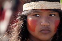 IV Jogos Tradicionais Indígenas do Pará<br /> <br /> Gavião Kiykatejê <br /> <br /> Quinza etnias participam dos  IX Jogos Indígenas, iniciados neste na íntima sexta feira. Aikewara (de São Domingos do Capim), Araweté (de Altamira), Assurini do Tocantins (de Tucuruí), Assurini do Xingu (de Altamira), Gavião Kiykatejê (de Bom Jesus do Tocantins), Gavião Parkatejê (de Bom Jesus do Tocantins), Guarani (de Jacundá), Kayapó (de Tucumã), Munduruku (de Jacareacanga), Parakanã (de Altamira), Tembé (de Paragominas), Xikrin (de Ourilândia do Norte), Wai Wai (de Oriximiná). Participam ainda as etnias convidadas - Pataxó (da Bahia) e Xerente (do Tocantins). <br /> <br /> <br /> Mais de 3 mil pessoas lotaram as arquibancadas da arena de competição.<br /> Praia de Marudá, Marapanim, Pará, Brasil.<br /> Foto Paulo Santos<br /> 06/09/2014