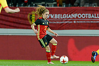 20171020 - LEUVEN , BELGIUM : Belgian Davina Philtjens pictured during the female soccer game between the Belgian Red Flames and Romania , the second game in the qualificaton for the World Championship qualification round in group 6 for France 2019, Friday 20 th October 2017 at OHL Stadion Den Dreef in Leuven , Belgium. PHOTO SPORTPIX.BE | DAVID CATRY