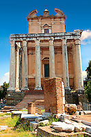 The temple of Antonius and Faustina. The Forum Rome