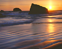 Sunset at low tide on the Pacific Ocean at Ruby Beach; Olympic National Park, WA