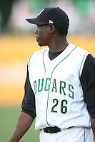 June 8, 2009: Jose Selenis (26) of the Kane County Cougars at Elfstrom Stadium in Geneva, IL..  Photo by: Chris Proctor/Four Seam Images