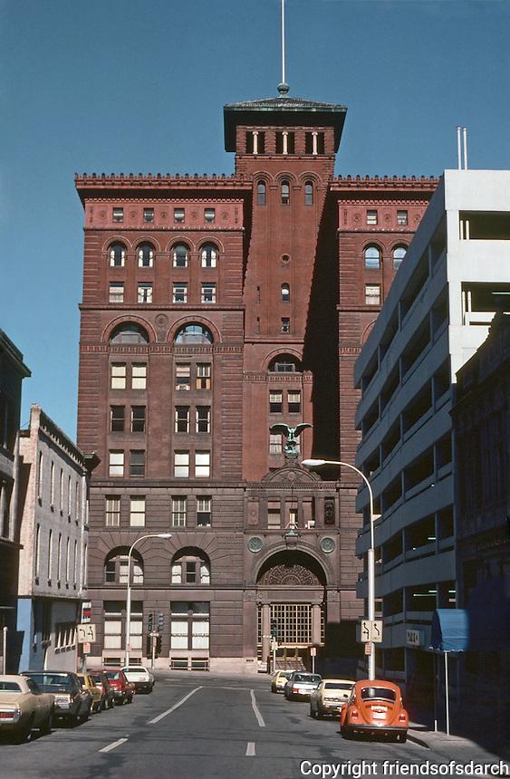 Kansas City:  Twenty West 9th Building. 9 McKim Mead & White, 1887-1890.  (Stanford White).  Brownstone ashlar, terracotta and brick--Art Deco. 1st skyscraper.  Rehabbed in 1996. Bronze eagle by Louis Saint-Gaudens.