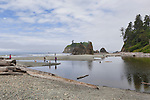 Ruby Beach, Kalaloch, Olympic National Park.  Beaches in the Kalaloch area of Olympic National Park, identified by trail numbers, are remote and wild.  Olympic Peninsula, Olympic Mountains, Olympic National Park, Washington State, USA.