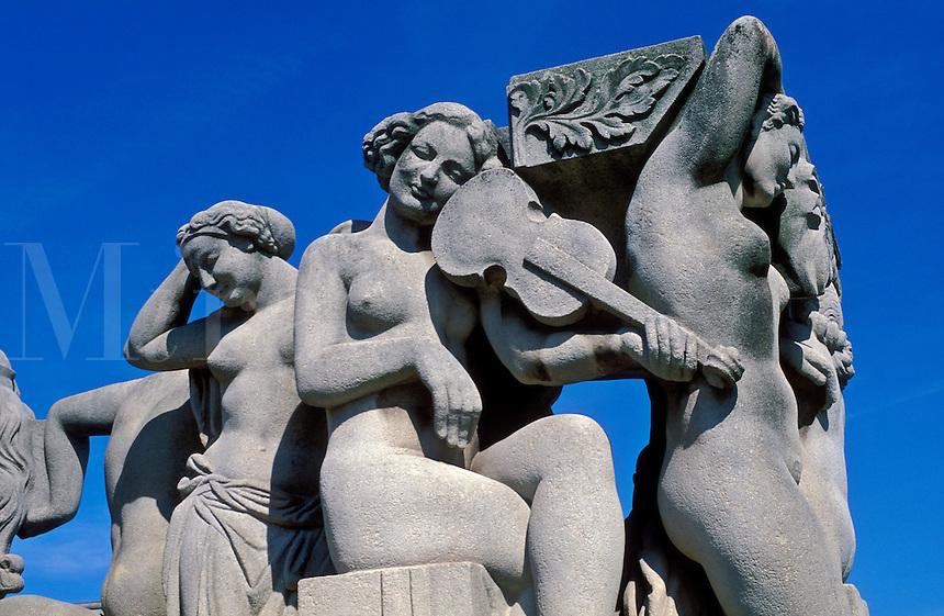 France, Paris, Statues at the Trocadero