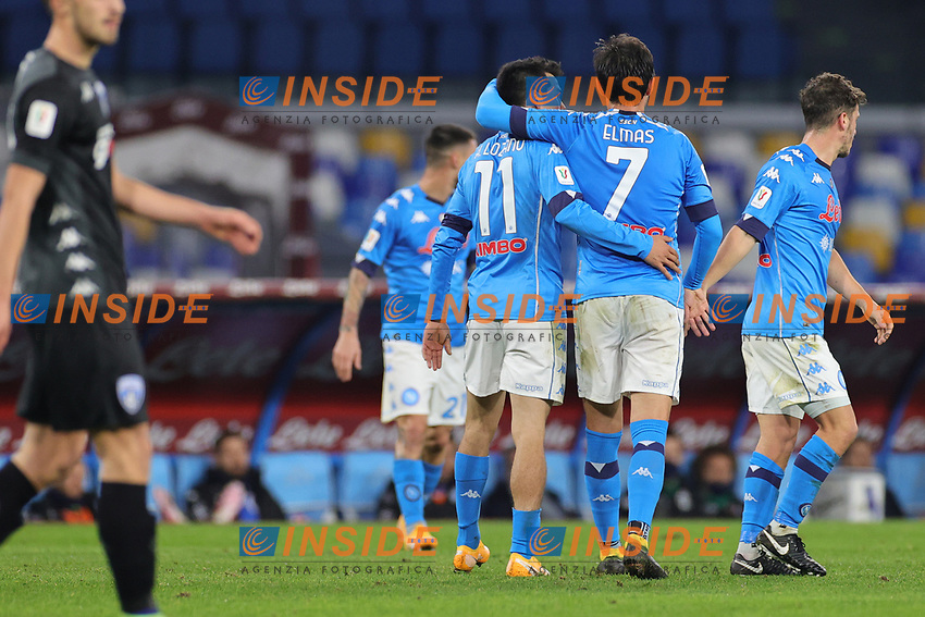 Hirving Lozano of SSC Napoli celebrates with team mates after scoring a goal  during the Italy Cup football match between SSC Napoli and Empoli FC at stadio Diego Armando Maradona in Napoli (Italy), January 13, 2021. <br /> Photo Cesare Purini / Insidefoto