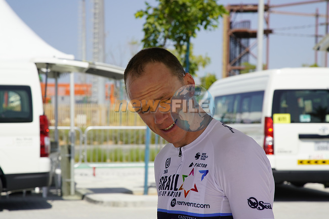 Chris Froome (GBR) Isreal Start-Up Nation before Stage 2 of the 2021 UAE Tour an individual time trial running 13km around  Al Hudayriyat Island, Abu Dhabi, UAE. 22nd February 2021.  <br /> Picture: Eoin Clarke | Cyclefile<br /> <br /> All photos usage must carry mandatory copyright credit (© Cyclefile | Eoin Clarke)
