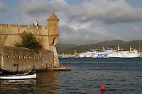 - Portoferraio (island of Elba), fortress of the Linguella  ....- Portoferraio (isola d'Elba), fortezza della Linguella