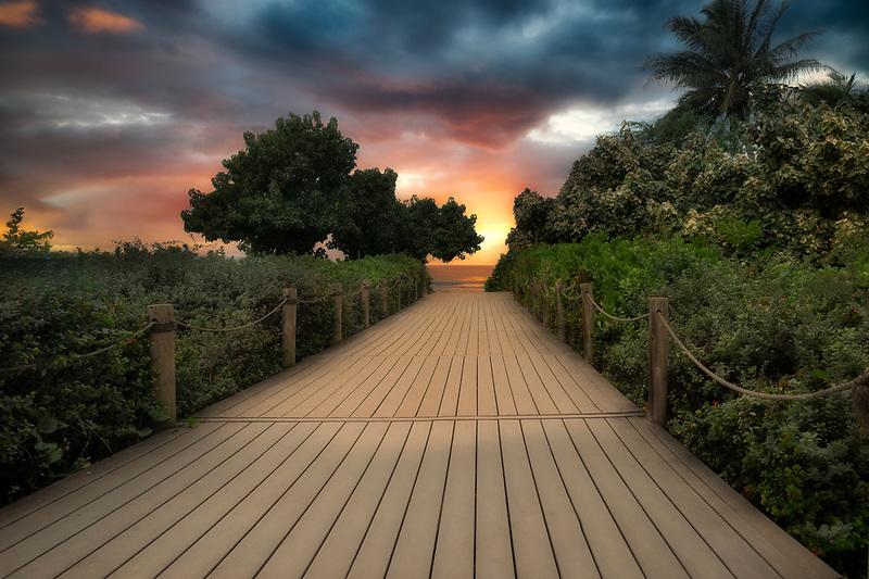Path to ocean at Kahekili Beach Park, Maui, Hawaii