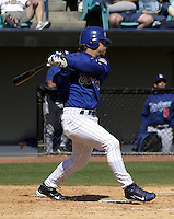 April 1, 2004:  Catcher Gregg Zaun of the Montreal Expos (Washington Nationals) organization during Spring Training at Space Coast Stadium in Melbourne, FL.  Photo copyright Mike Janes/Four Seam Images