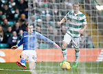 Celtic v St Johnstone...23.01.16   SPFL  Celtic Park, Glasgow<br /> Michael O'Halloran crosses the ball for Steven MacLean to put in the goal for saints<br /> Picture by Graeme Hart.<br /> Copyright Perthshire Picture Agency<br /> Tel: 01738 623350  Mobile: 07990 594431