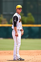 Matt Dominguez (33) of the Jacksonville Suns during a game vs. the Carolina Mudcats May 31 2010 at Baseball Grounds of Jacksonville in Jacksonville, Florida. Jacksonville won the game against Carolina by the score of 3-2. Photo By Scott Jontes/Four Seam Images