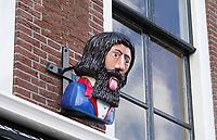 Nederland Leiden - 2021.  Moderne gaper aan een gevel in Leiden.   Foto ANP / Hollandse Hoogte / Berlinda van Dam