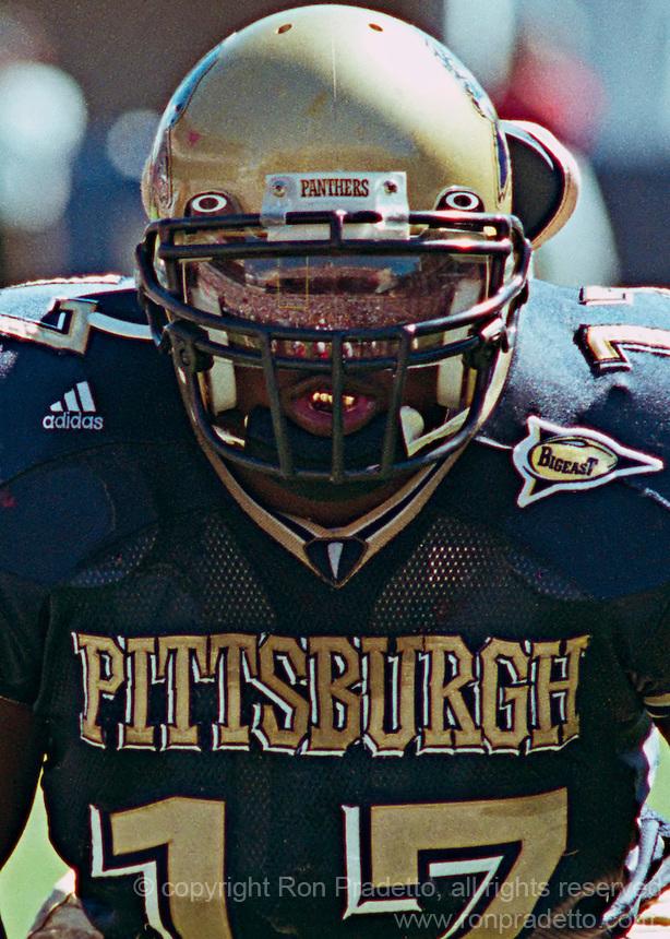 Pittsburgh defensive lineman Clint Session, September 18, 2004.