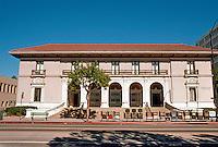 Pasadena CA: Old Pasadena Post Office. Oscar Wenderoth, 1913. Italian Renaissance.  Photo '05.